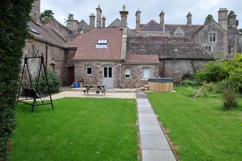 Country Estate - Cecile's Cottage Llandenny