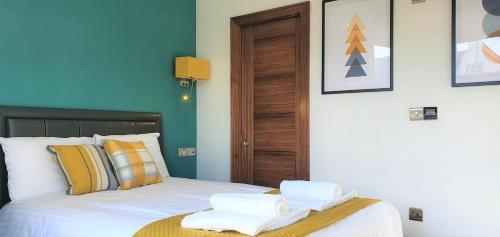 Superior En-Suite Rooms @ Bath Road