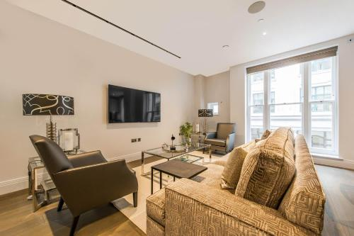3 Bedroom Palacial Apartment Chancery Lane