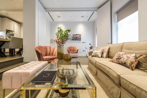 2 Bedroom Luxury Apartment Chancery Lane