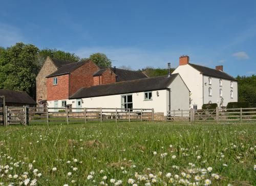Barn Owl Lodge at Millfields Farm Cottages