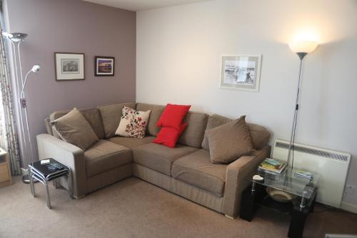 Lovely 2-Bed Apartment in central Kirkwall
