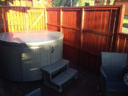 Conifer Lodge 8 with Hot Tub Newton Stewart
