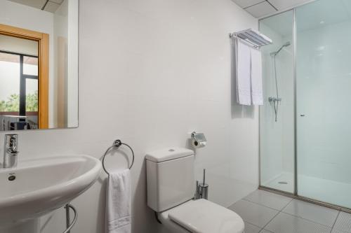 A bathroom at Aparthotel Wellness