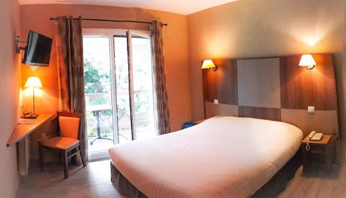 Hotel Alicia Auray Sud Le Bono, France