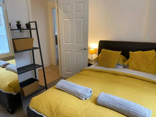 CITY CENTRE APARTMENT CLOSE To ST JAMES PARK, AMENITIES AND TRAVEL
