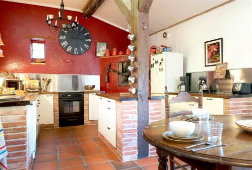 A kitchen or kitchenette at Mansion with 3 bedrooms in Castelnou with wonderful mountain view shared pool furnished garden 25 km from the beach