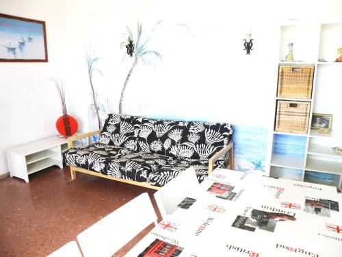 A seating area at Apartment with 2 bedrooms in Isla Cristina with WiFi 300 m from the beach