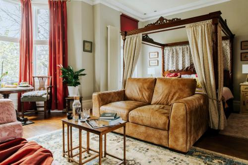 Luxury Suite in Cardiff City Centre + Secure Parking