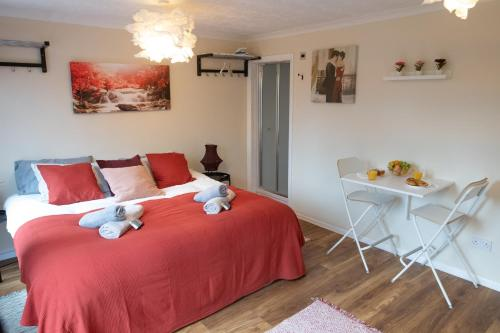 New Roomy Rooms in Reading