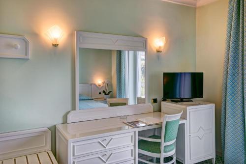 TV o dispositivi per l'intrattenimento presso Grand Hotel Riviera