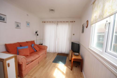42A Medmerry Park 2 Bedroom Chalet