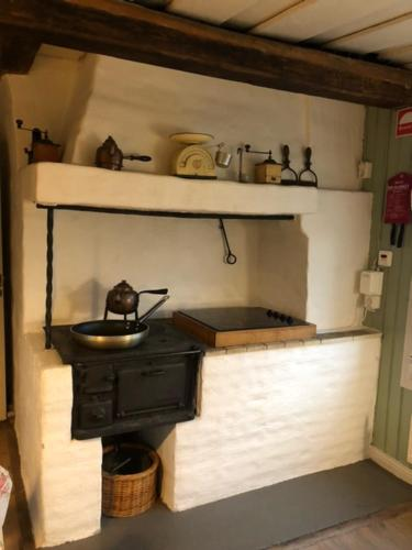 A kitchen or kitchenette at Notholmen, Tyresö