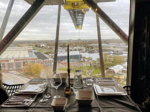 En restaurang eller annat matställe på Crane Hotel Faralda