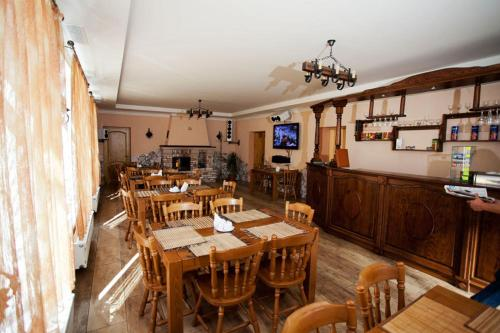 A restaurant or other place to eat at Edelweiss