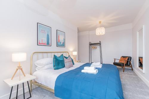 Oxfordshire Living - The Old Bank Apartment - Woodstock