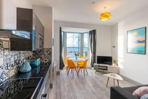 Brand new luxury apartment with stunning sea views