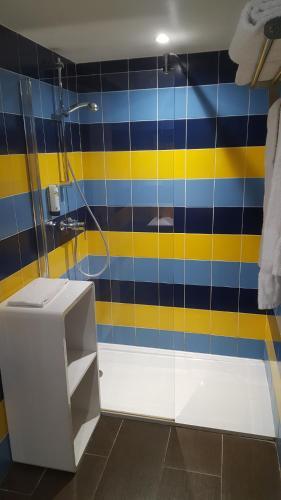 A bathroom at Les Canisses