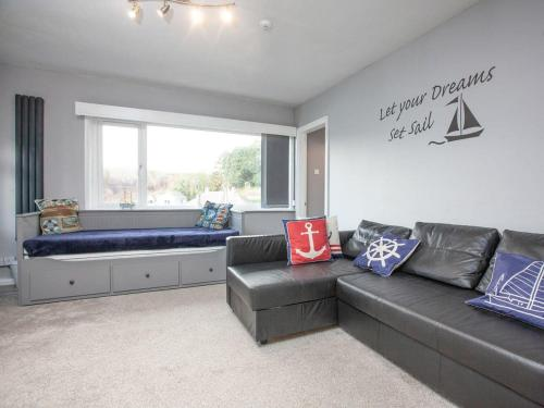 Admirals Apartment-UK32038