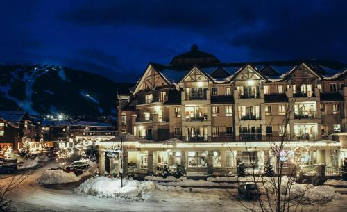 Summit Lodge Boutique Hotel Whistler during the winter
