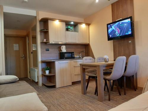 Kuhinja ili čajna kuhinja u objektu Select Lux Apartments Konaci