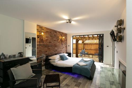 Luxury Garden Suite - 4mins from Bicester Village Outlet