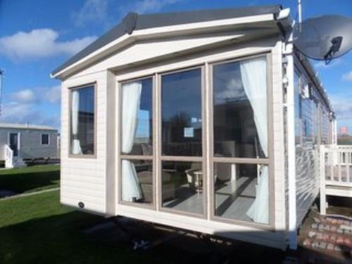 3-Bed cabin in Abergele Wales