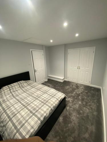 Smart Minimalistic Home
