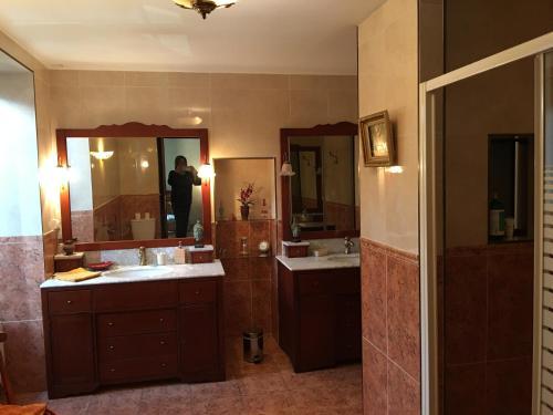 A bathroom at La Maison d'Euterpe