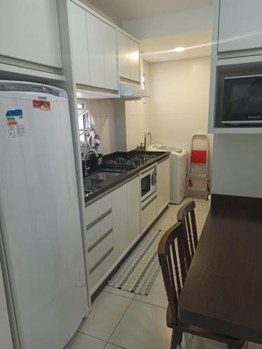 Una cocina o zona de cocina en Olga Becker residence
