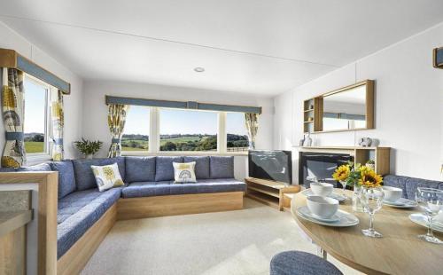 Brand New 3 Bed / 8 Berth Caravan in Dorset