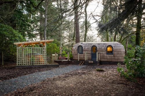 Majors Lodge - Culdees Castle Estate Glamping