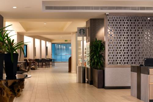 The lobby or reception area at San Jose Marriott