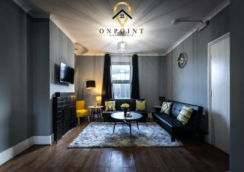 OnPoint Apartments - Large 4 bed Townhouse - Great Location