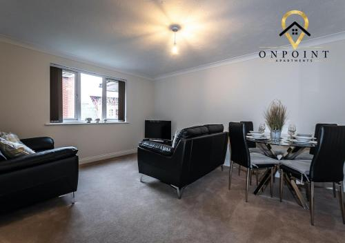OnPoint Apartments - FANTASTIC 2 Bed Apt - FREE Parking!
