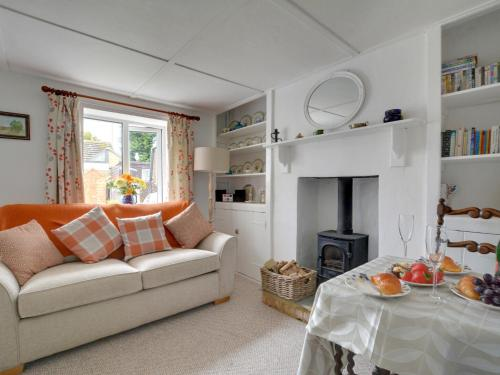 Ancient Holiday home in Hythe Kent with Garden