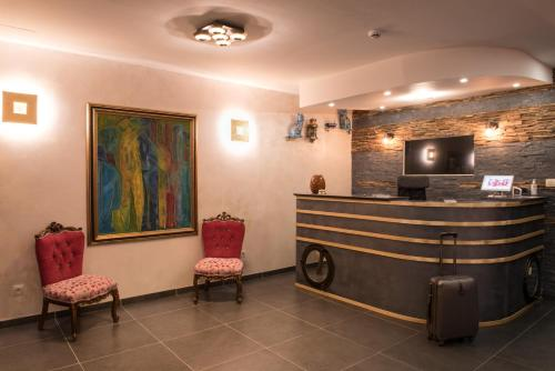 The lobby or reception area at Hotel Noga