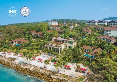 A bird's-eye view of InterContinental Pattaya Resort, an IHG Hotel