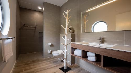 Um banheiro em The Beach House