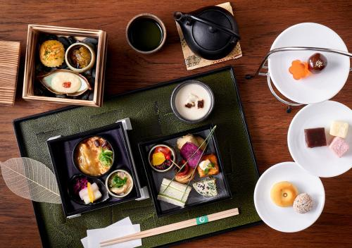 Breakfast options available to guests at Suiran, a Luxury Collection Hotel, Kyoto