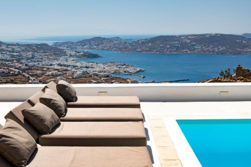 A view of the pool at Diles Villas & Suites Mykonos or nearby