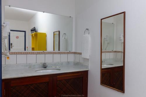 A bathroom at Pousada Aconchego