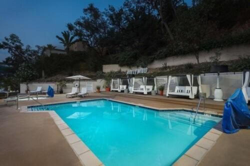 The swimming pool at or near Hilton Garden Inn Los Angeles / Hollywood