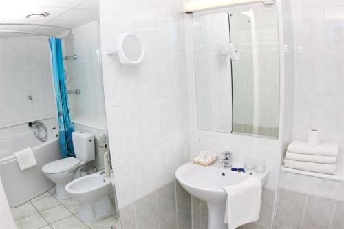 Ванная комната в Гостиничный Комплекс Лучеса