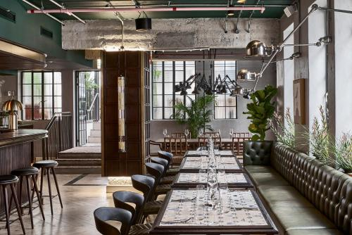 A restaurant or other place to eat at Gorgeous George by Design Hotels ™