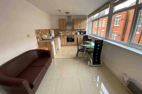 One Bedroom Spacious Apartment in Centre of Leicester