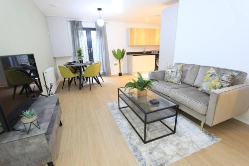 Cabot Mews Apartment 1