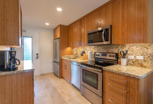 A kitchen or kitchenette at Napili Surf Beach Resort