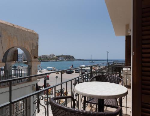 Μπαλκόνι ή βεράντα στο Ξενοδοχείο Ποσειδώνιο