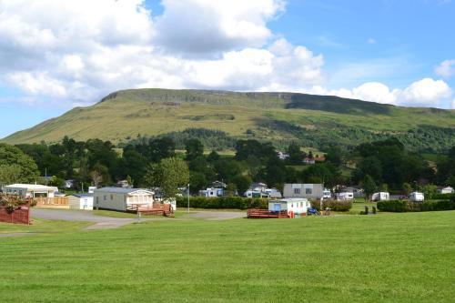 Campsie Glen Holiday Park